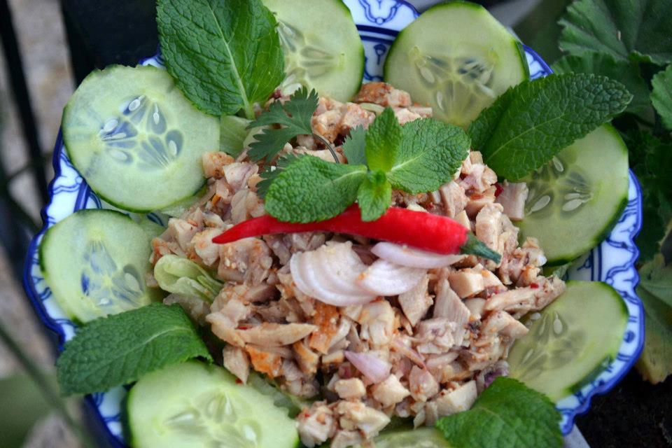 Salade de poulet à la citronnelle
